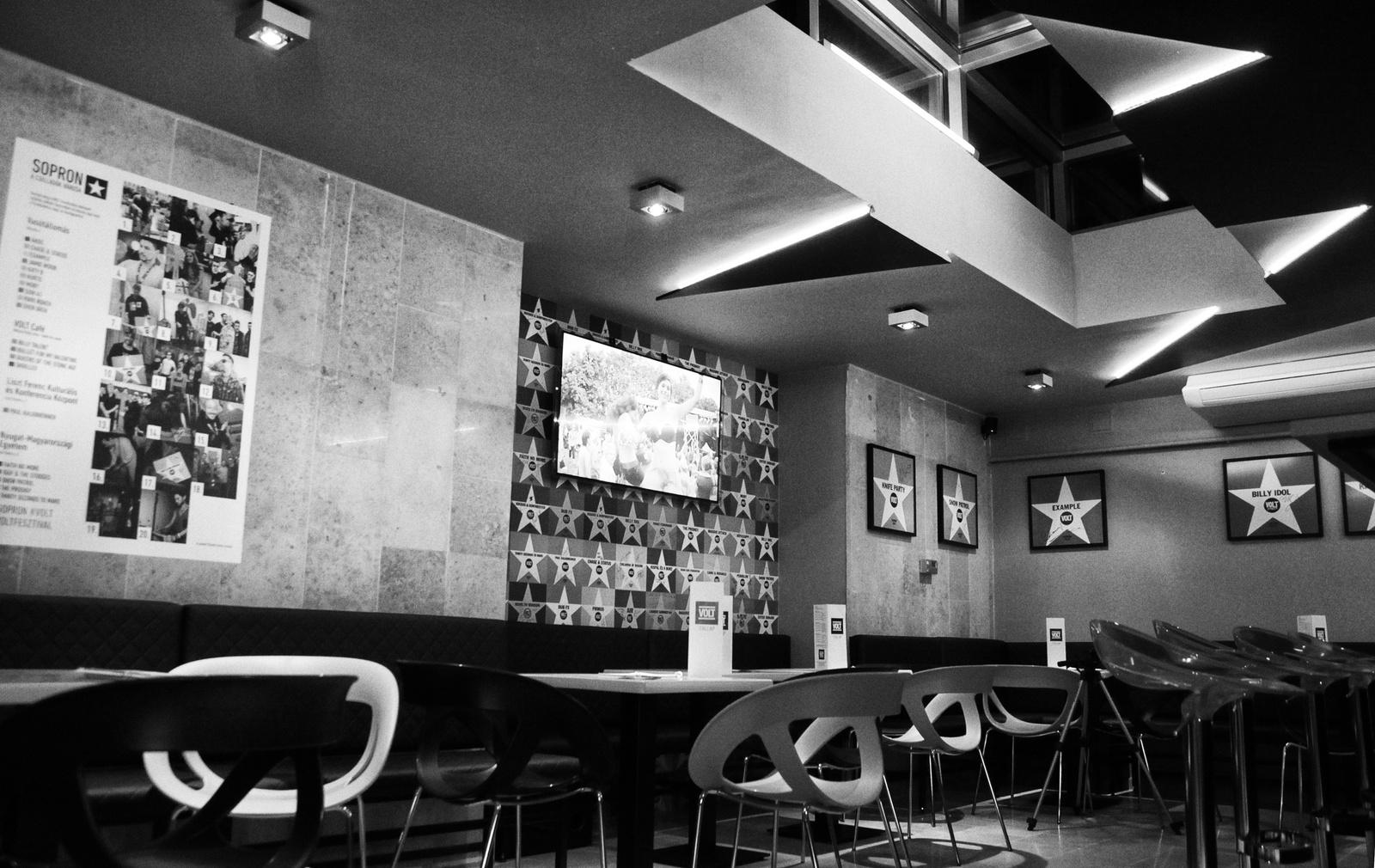Volt Café